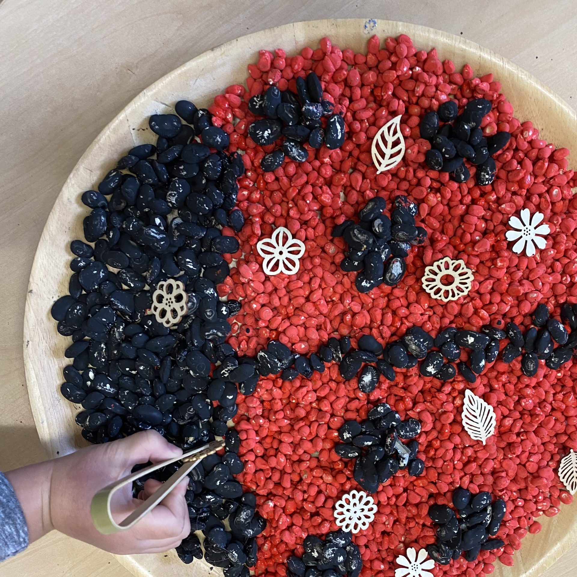 ladybird sensory tray